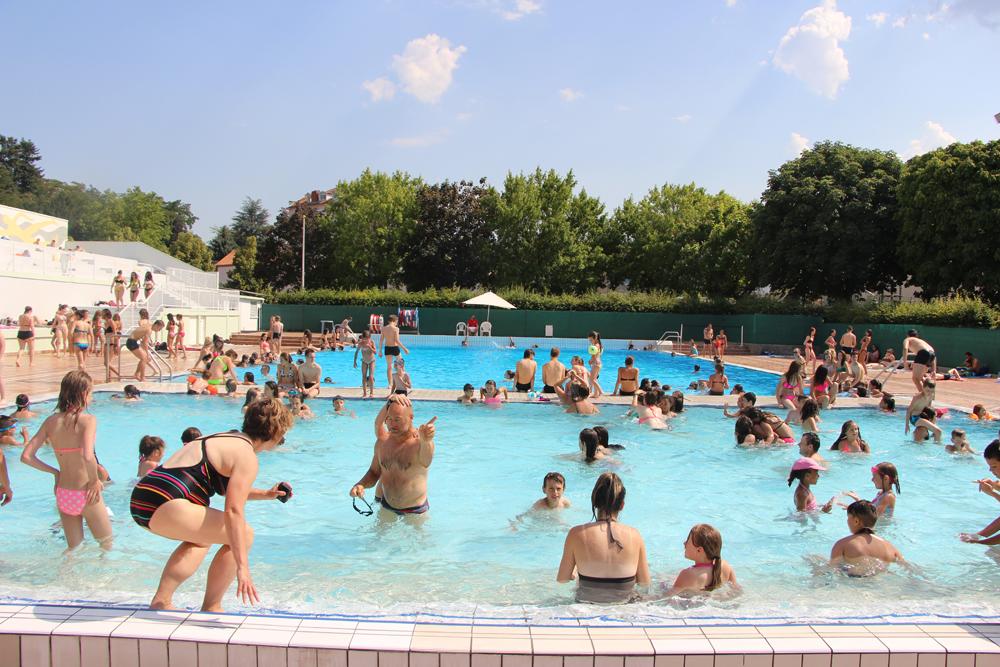 piscine extérieure chatel-guyon