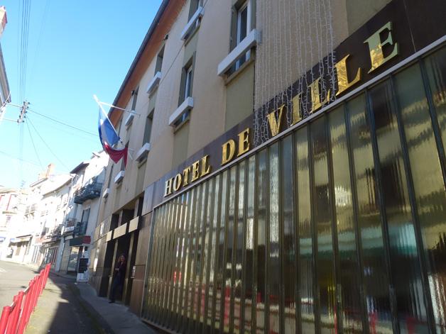 hôtel de ville châtel-guyon