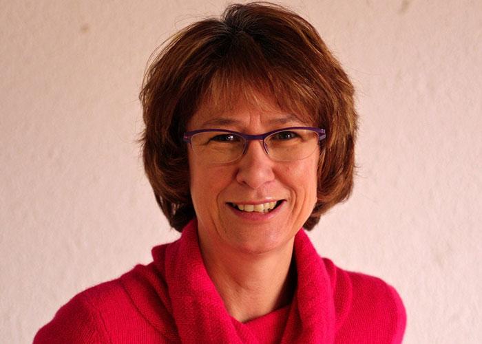 Nathalie RENOU