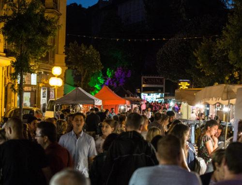 Un marché nocturne très fréquenté à Châtel-Guyon